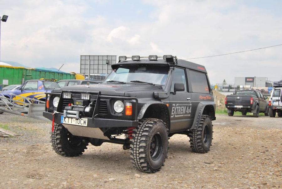 Nissan Patrol Y60 Black Evo