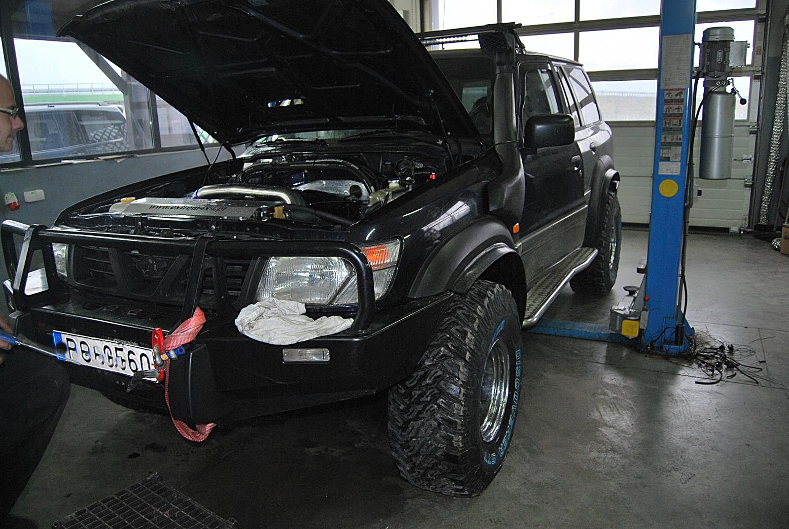 Nissan Patrol Y61 3.0d  BMW LT